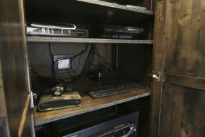 air command trailer living quarters 006