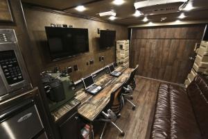 air command trailer living quarters 007