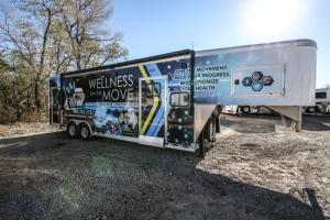 custom fitness trailer exterior 001