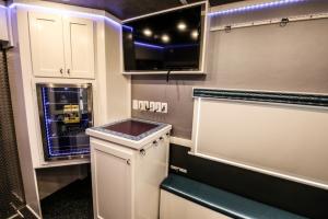 custom fitness trailer interior 015