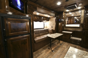 double slide trailer living quarters 006