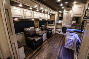vandyck-brown-horse-trailer-06