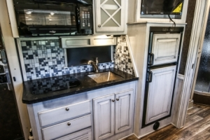 horse-trailer-with-white-black-glaze-cabinets-14